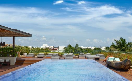 Rooftop Pool at Live Aqua Boutique Resorts Playa del Carmen