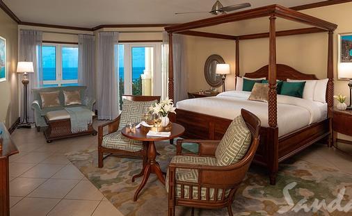 Now Only $323 PP/PN: Mediterranean Oceanview Grande Luxe Club Level Suite