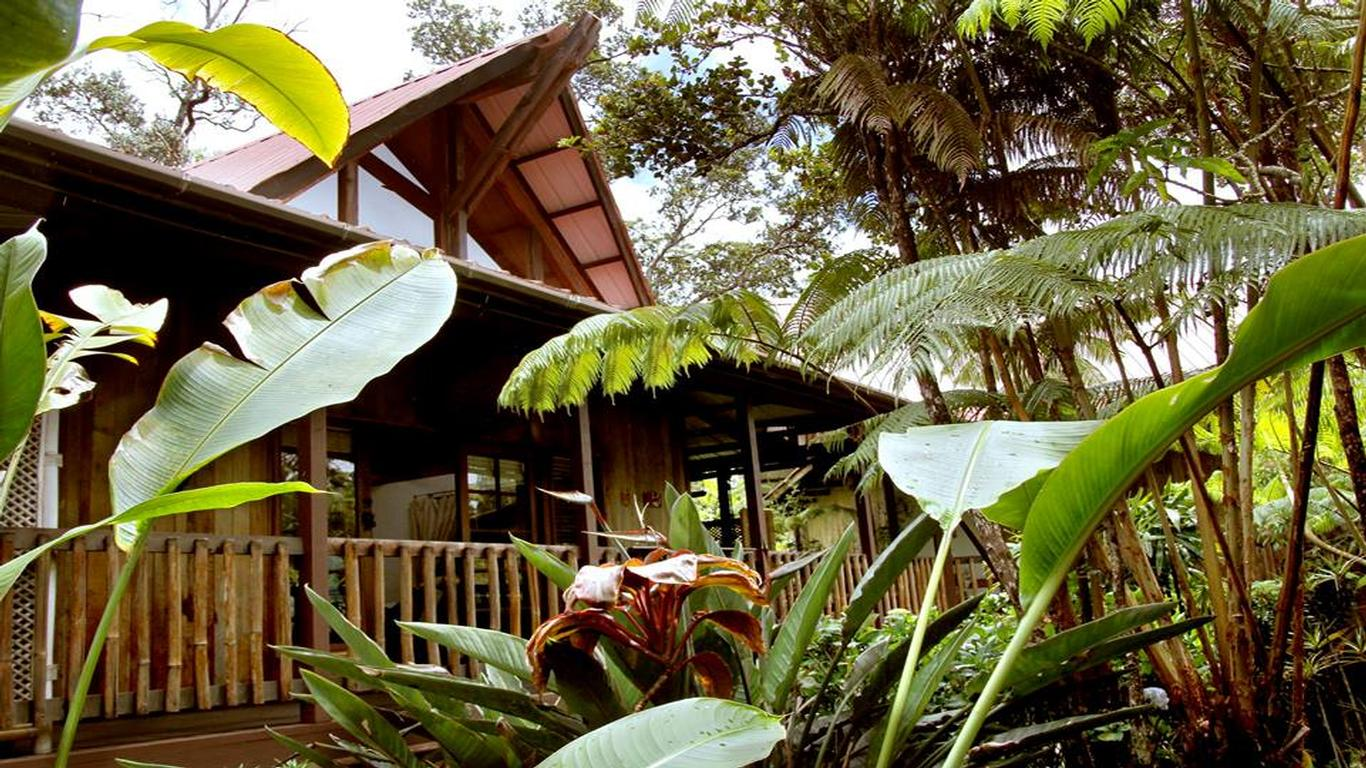 Inside Look: Lotus Garden Inn Near Hawaii Volcanoes National Park