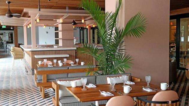 Restaurant at the Ritz-Carlton South Beach