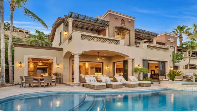 Small Luxury Hotels of the World - Villas del Mar