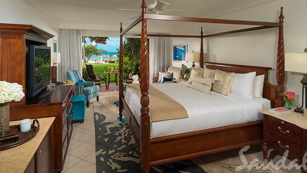 Caribbean Beachview Club Level Walkout