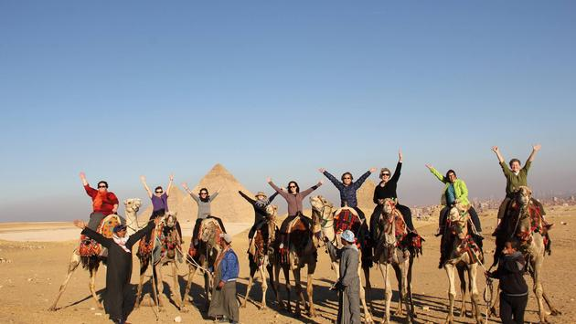 women, pyramids, egypt, tours, camels