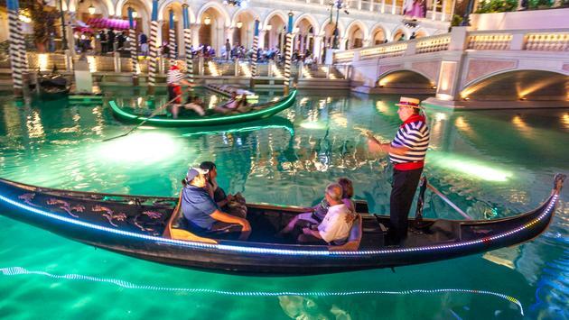 Iconic Las Vegas Sands Corp Goes Dark On The Strip Travelpulse