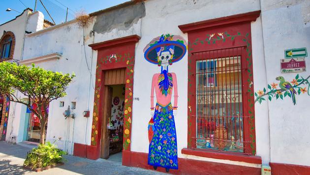 Colorful streets of Tlaquepaque near Guadalajara, Mexico