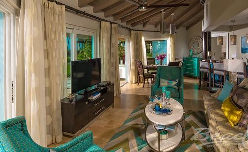 Up to $355 Instant Credit: Seaside Two Bedroom Luxury Butler Villa Suite