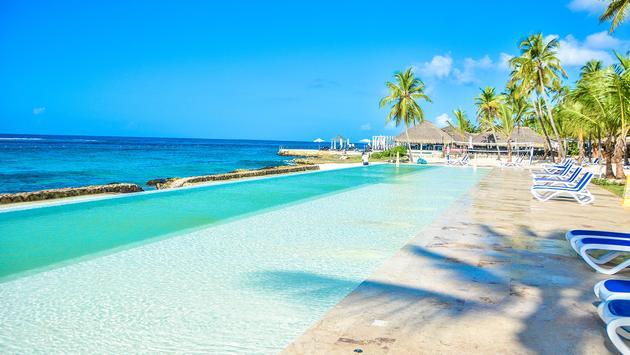 Viva Wyndham Dominicus Beach's new saltwater infinity pool
