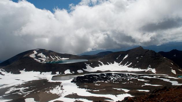 New Zealand's Tongariro Crossing hiking route