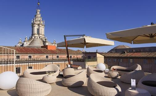 Palazzo Navona Hotel Vacation Package from $575*