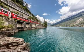 Bernina Express between Switzerland and Italy- rail europe