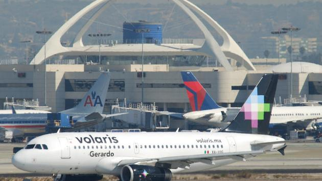 Volaris Airbus A319 at LAX