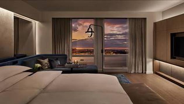Equinox, hotel, suite