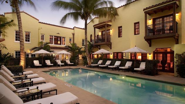Piscine du Brazilian Court Hotel