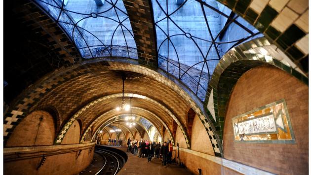 NYC City Hall Subway Station 2