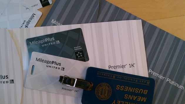 Assorted United MileagePlus cards