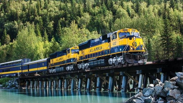 Plan your Trip to Alaska with the Summer Brochure!