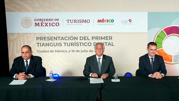 El secretario de Turismo Miguel Torruco encabezó la presentación del primer Tianguis Turístico Digital