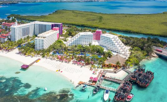 Grand Oasis Palm in Cancun