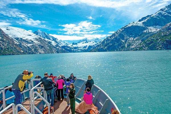 Lindblad Expeditions Goes Completely Carbon Neutral