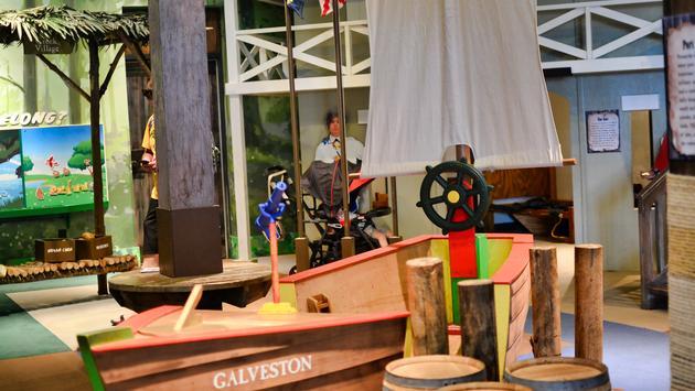 Pensacola Children's Museum, ship, children's museum