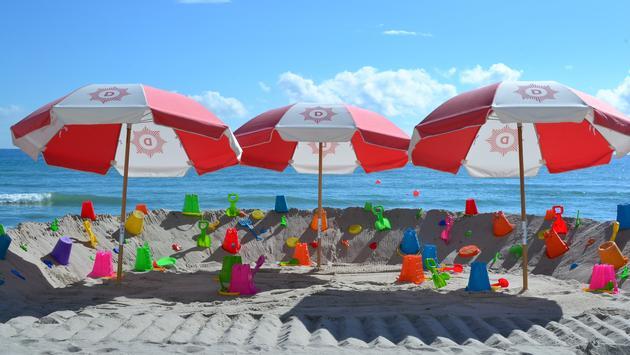 Hollywood Florida, Diplomat Beach Resort, beach, beach toys, beach umbrellas