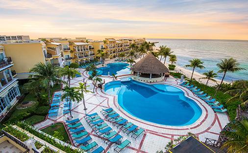 Save Up to 60% + Kids Stay Free at Panama Jack Resorts Playa del Carmen