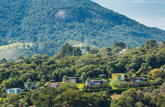 Villas in the hills of Cantareira State Park