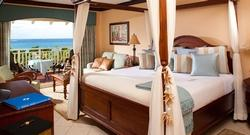 Up to $635 Instant Credit |  Caribbean Honeymoon Beachview Penthouse Club