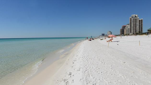 Photo A White Sand Beach In Destin Florida Via Flickr Fish And Wildlife