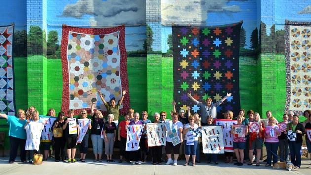 Quilt murals in Hamilton, Missouri