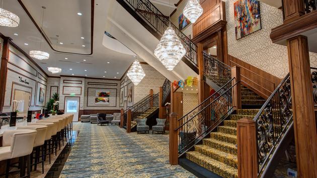 Grand Lobby bar on American Duchess