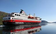 Hurtigruten Richard With