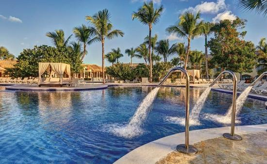 Save up to 58% at Grand Memories Punta Cana!