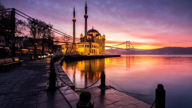 Sunrise over Ortakoy Mosque in Istanbul, Turkey
