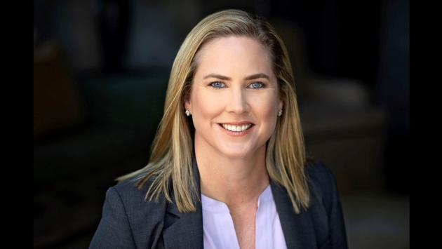 Headshot of Shannon Knapp, CEO of Leading Hotels of the World