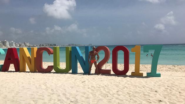 Silver Steele in Cancun