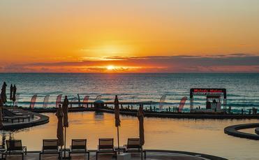 Melody Maker Cancun