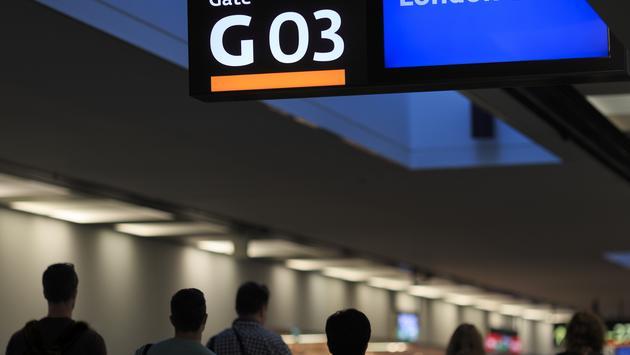 London Heathrow, airport, airport gate