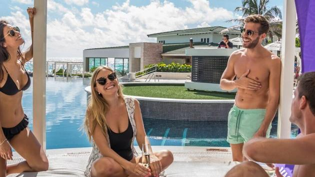 UP TO 40% OFF AT SANDOS CANCUN