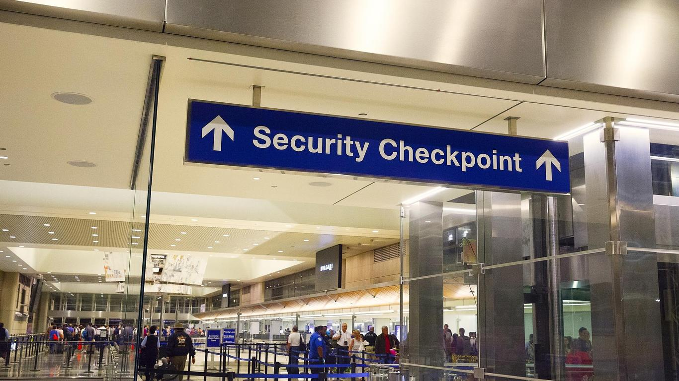 TSA Agent Saves Woman's Life With Heimlich Maneuver