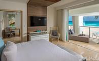 $1,000 in Instant Credit: Beachfront One Bedroom Butler Suite w/ Balcony Tranquility Soaking Tub