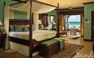 Up to $605 Instant Credit + MORE | Beachfront Royal Butler Villa Suite