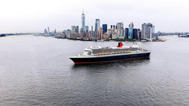 The Queen Mary 2, New York City