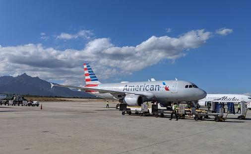 American Airlines, plane, aircraft, Los Cabos, airport