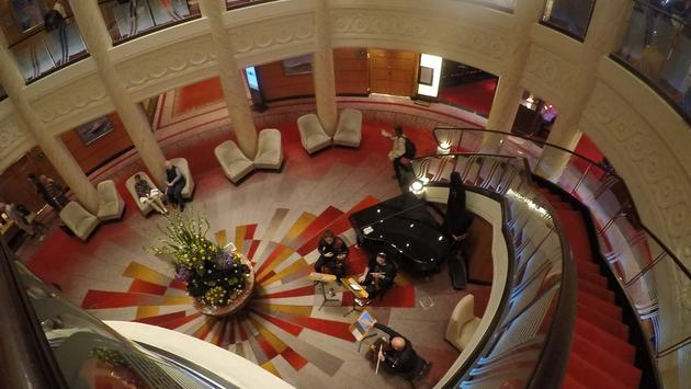 Queen Mary 2 Lobby