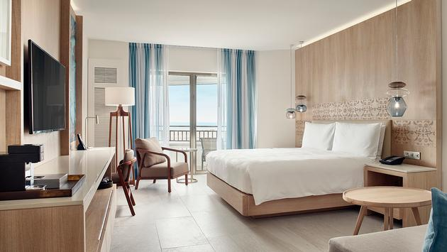 Guest room at JW Marriott Cancun Resort & Spa
