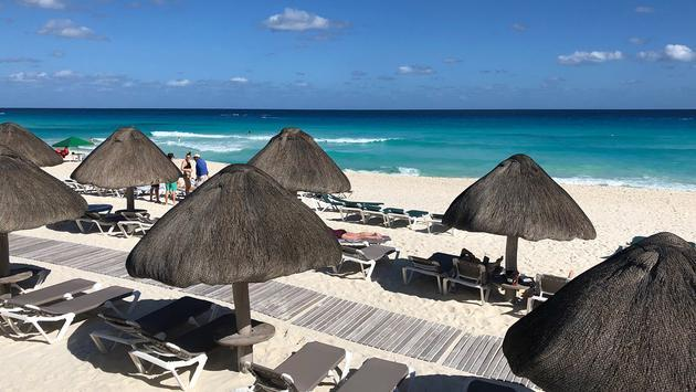 Beautiful white sand beach at JW Marriott Cancun Resort & Spa