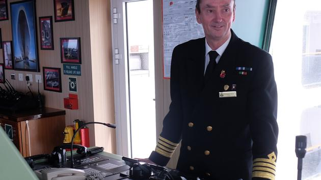 Queen Mary 2 Captain Christopher Wells