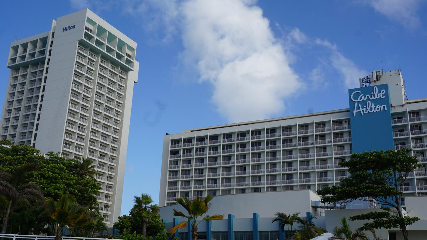 5 Reasons to Love the Caribe Hilton