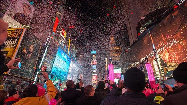 New Year's ball drop in NYC